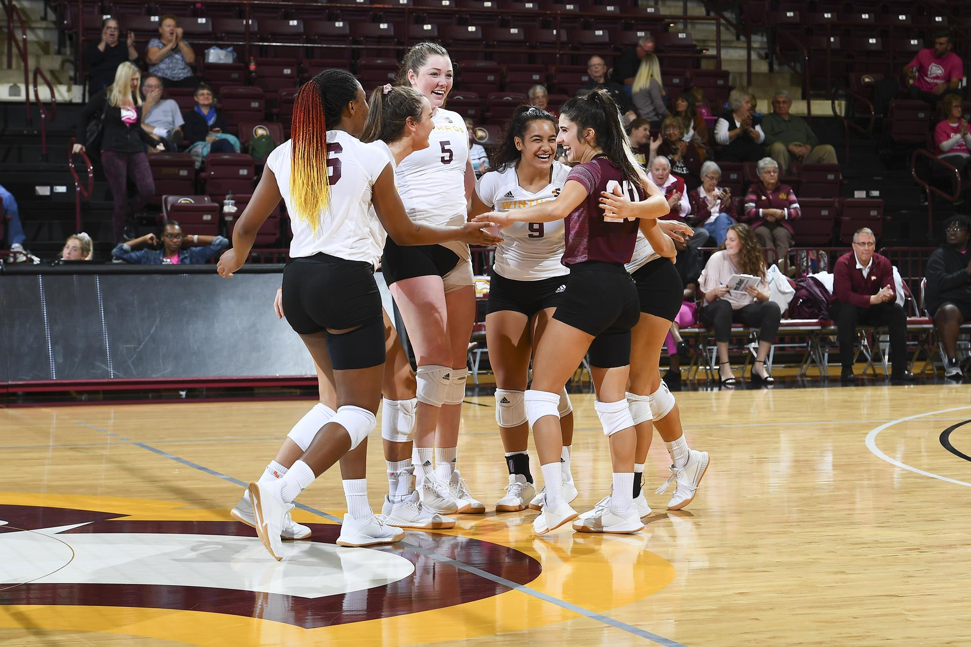 Women S Volleyball Winthrop University Athletics